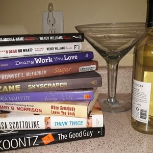 Accents - Books! Set of 2 (Ladies Night)